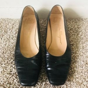 Salvatore Ferragamos Black Leather Shoes Size 7.5B